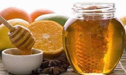 Những bài thuốc quý chữa bệnh hiệu nghiệm từ mật ong ai cũng cần