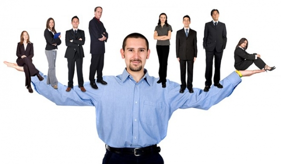 5 cách giúp sếp trẻ quản lý nhân viên 'đàn anh'