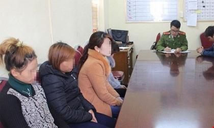 Cả trăm cô gái bị bán làm vợ Trung Quốc bằng bẫy việc làm