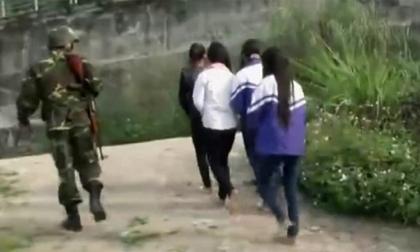 Hàng loạt nữ sinh Lào Cai dính bẫy tình của 'bà trùm' chăn dắt gái