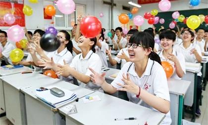 Những cách xả stress của học sinh thi đại học ở Trung Quốc