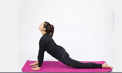 6 tư thế yoga tuyệt vời đánh bay mệt mỏi sau ngày dài làm việc