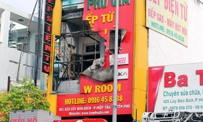 TP.HCM: Cháy lớn ở cửa hàng đồ điện, 4 người thiệt mạng