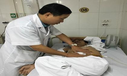 Hy hữu: Phẫu thuật lấy thận ra ngoài rửa sạch, sau đó ghép lại cho bệnh nhân