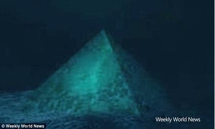 Kim tự tháp pha lê dưới đáy biển Tam giác Bermuda là nguyên nhân khiến máy bay mất tích?
