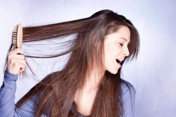 10 sai lầm của bạn sẽ gây hại cho tóc! Điều cuối cùng hầu như cô gái nào cũng mắc phải