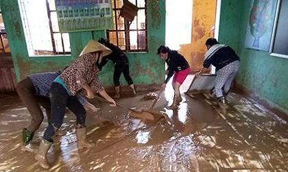 Mưa lũ tàn phá trường học, cơ sở giáo dục ở Quảng Bình