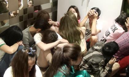Lộ mặt 3 'ông trùm' vụ gần 80 trai gái phê ma túy ở Sài Gòn