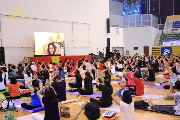 Yoga và Thiền – liệu pháp hữu hiệu giúp phục hồi, loại bỏ tế bào ung thư