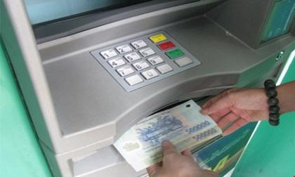 Bỗng nhiên 'bay mất' 100 triệu dù thẻ ATM vẫn trong ví