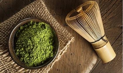 Sử dụng bột trà xanh đúng cách để tránh gây hại cho sức khỏe