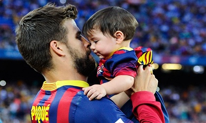 Tuyệt vời khoảnh khắc bên con của các siêu sao bóng đá