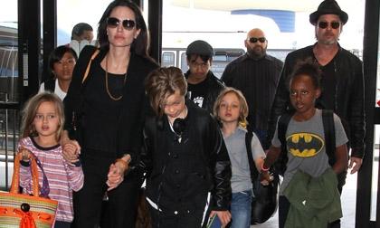 Sợ mất các con, Brad Pitt cầu xin Angelina cơ hội thứ hai?