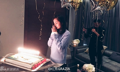 Dương Mịch vui vẻ đón sinh nhật dù không có chồng con bên cạnh