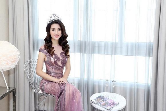 Hoa hậu Mỹ Linh đẹp không tỳ vết 3