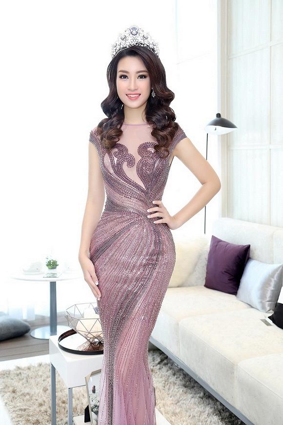 Hoa hậu Mỹ Linh đẹp không tỳ vết 1