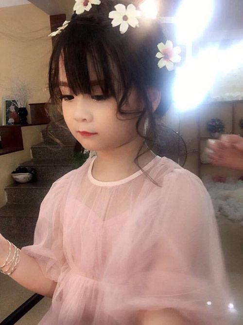 Bé gái Tuyên Quang như thiên thần  8