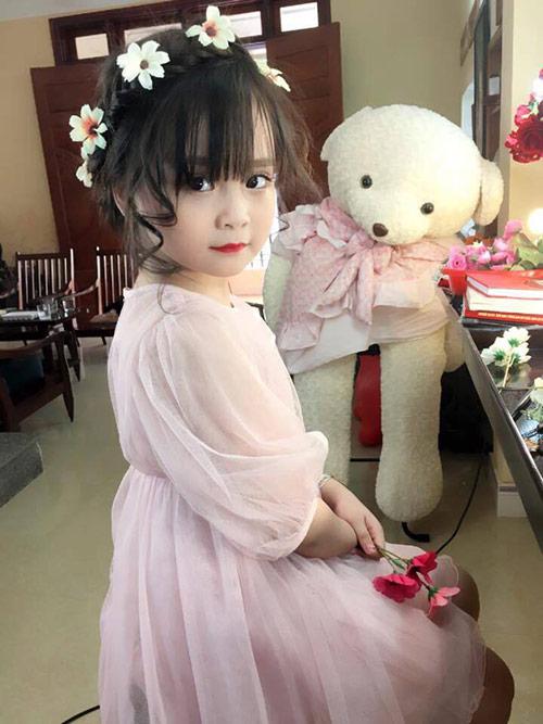 Bé gái Tuyên Quang như thiên thần  11