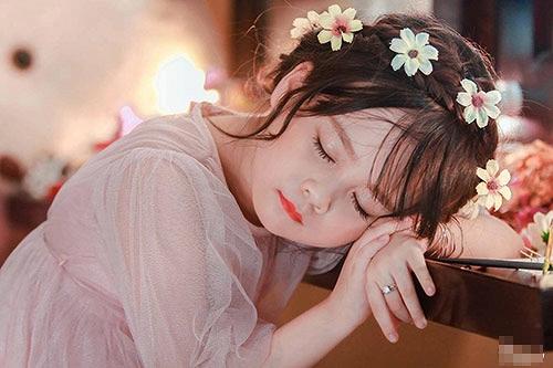 Bé gái Tuyên Quang như thiên thần  16