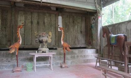 """Tục thờ """"thần rắn cụt đuôi"""" và chuyện cầu mưa kỳ lạ"""