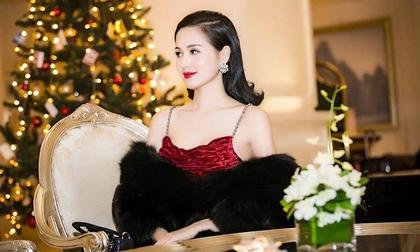 Tâm Tít xinh đẹp, kiêu sa trước thềm Giáng Sinh