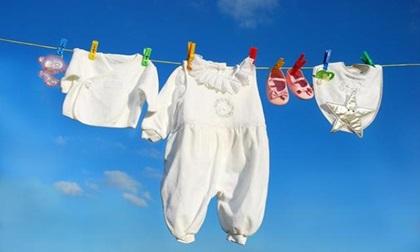 Sai lầm mẹ chớ mắc phải khi giặt đồ cho trẻ sơ sinh
