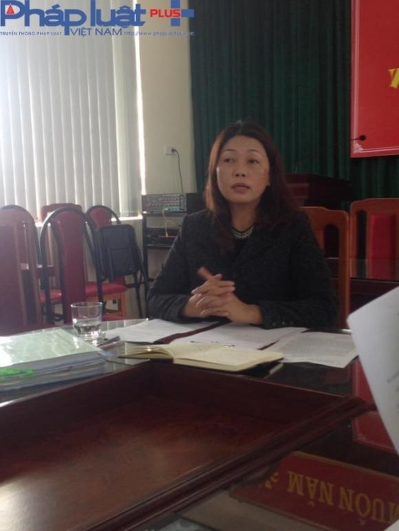 Bà Nguyễn Thị Bích Hạnh - Hiệu trưởng Trường tiểu học Hoàng Liệt trong buổi làm việc với PV (ảnh: Thu Thủy)