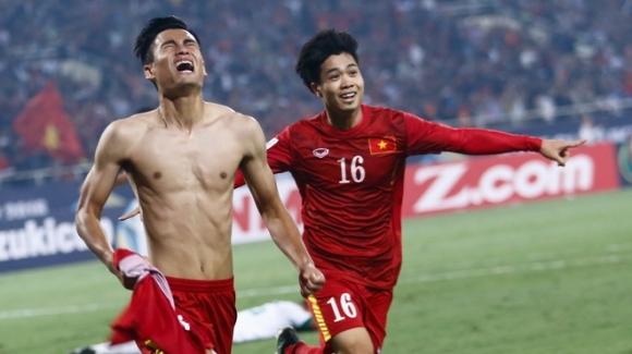 Khoảnh khắc Vũ Minh Tuấn vỡ òa khi ghi bàn thắng vào lưới Indonesia.
