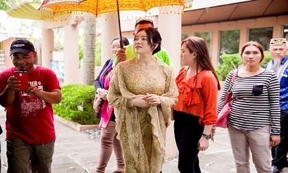 Tin giải trí ngày 17/12: Thanh Bạch cầm dao chém vợ; Minh béo bị tuyên án