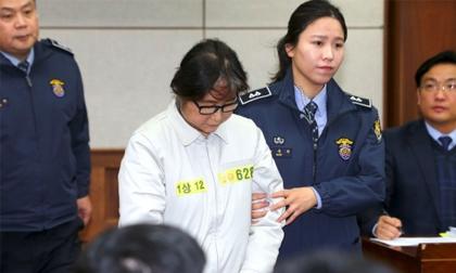 Bạn thân của Tổng thống Hàn Quốc có thể lĩnh án 15 năm tù