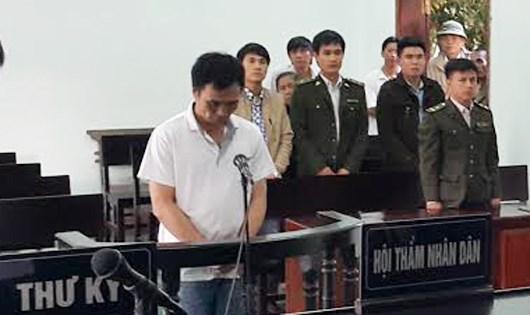 Hai năm tù cho 'lâm tặc' đánh kiểm lâm