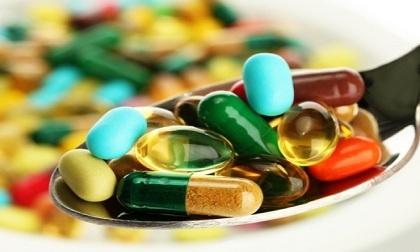 Thực phẩm bạn nên tránh nếu đang dùng thuốc kháng sinh