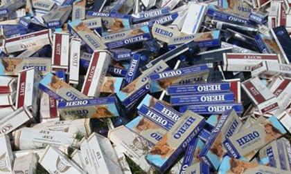 Tây Ninh: Bắt vụ vận chuyển 11.000 bao thuốc lá lậu