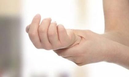 Cách chữa tê bì chân tay cho phụ nữ sau sinh