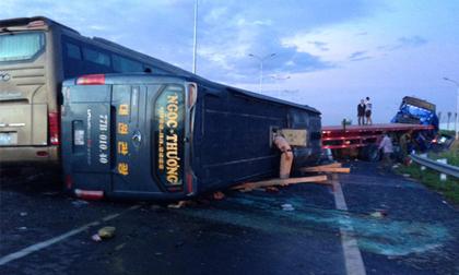 Vụ tai nạn giao thông ở cao tốc Long Thành: 1 người chết, 11 người bị thương