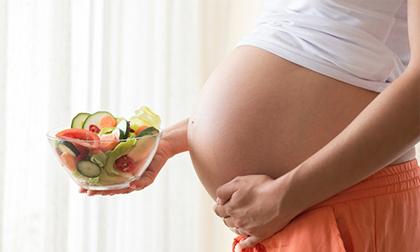 Những thói quen của mẹ gây ảnh hưởng tới sự phát triển của thai nhi