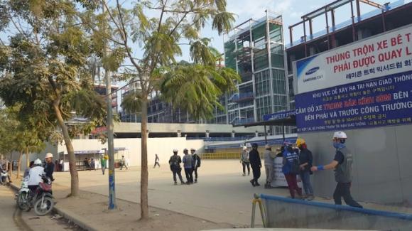Nhiều công nhân làm tại nhà máy V3 đã được cho rời khỏi công trường.