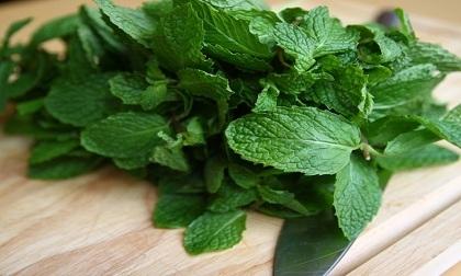 Mẹo vặt nội trợ: Cách hạn chế và thay thế muối trong bữa ăn