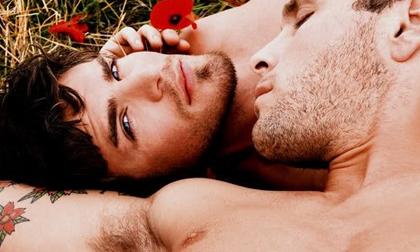 Do quá nuông chiều nên con bị đồng tính?