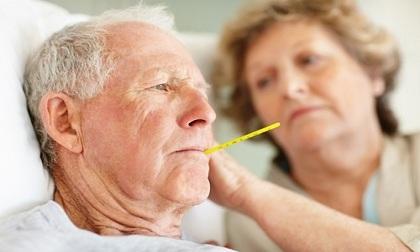Cách hạ sốt cho người cao tuổi