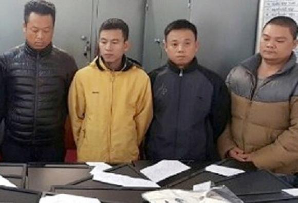 Hà Nội: Phá nhóm trộm hàng trăm màn hình máy tính