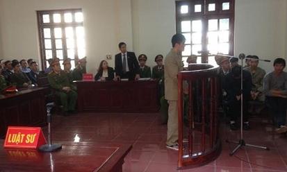 Vĩnh Phúc: Hoãn phiên xử phúc thẩm kẻ giết người vì mâu thuẫn trên Facebook