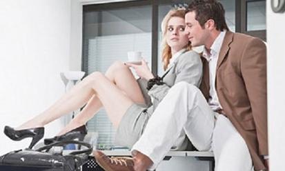 Chồng bình thản nghe vợ thú tội ngoại tình