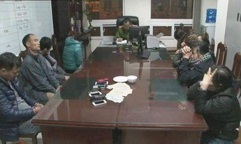 Quảng Ninh: Đột nhập bắt quả tang 9 đối tượng đang đánh bạc
