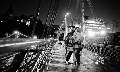 Những khoảnh khắc lãng mạn khiến bạn muốn được yêu