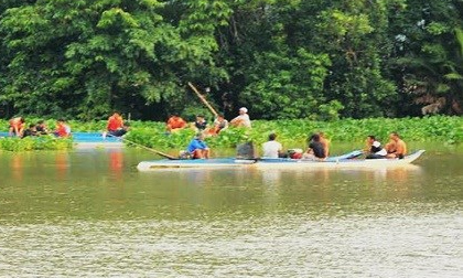 Phát hiện thi thể 2 mẹ con đi đánh cá tử vong trên sông Trường Giang