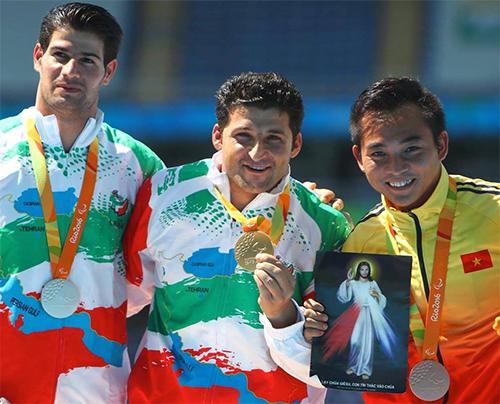 Cao Ngoc Hùng giành HCĐ ném lao tại Thế vận hội Paralympic Rio 2016.