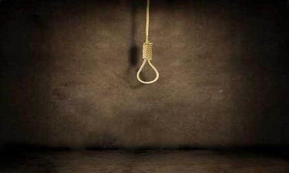 Dùng dao đâm người tình rồi treo cổ tự tử