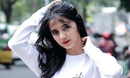 Vẻ đẹp thuần khiết của hotgirl Indonesia