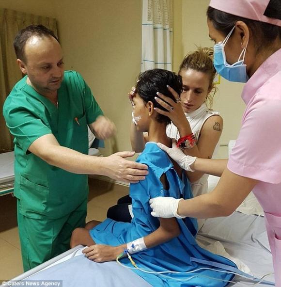 Thiếu nữ 18 tuổi bị phá hủy khuôn mặt sau khi nhổ 1 chiếc răng và đây là nguyên nhân - Ảnh 3.